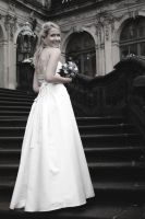 lovely bride. by anni-psych0wx3