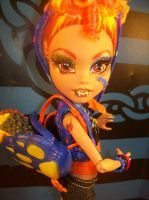 Howleen Wolf MH repaint 1 by Makeup-love95