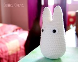 White TOTORO Amigurumi crochet doll plush - Studio by BramaCrochet