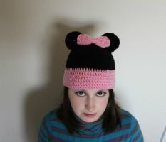 Crochet Minnie Mouse Hat by RaindropMelody