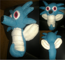 Horsea Plushie by Sarah-Strazberry
