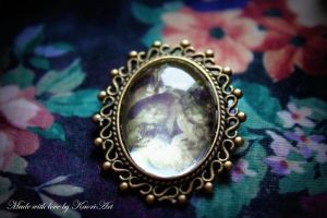 Young Couple Cat Brooch by KaoriArt