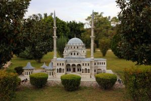 Mosque by rbnsncrs