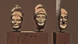 Helmeted soldiers / Hoplites by woodsman2b