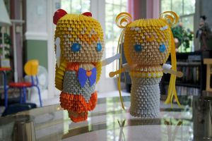 3D Origami: Sailor Moon and V by sabrinayen