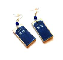 TARDIS earrings by Gingers-PL