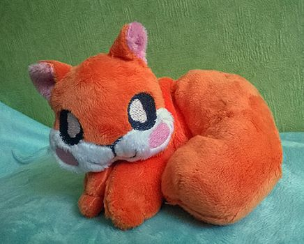 Squirrel plush by zukori
