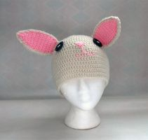 Bunny hat by Melyntenshi