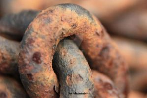 rusty chains four by LexartPhotos