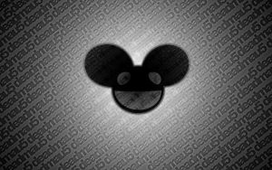 Deadmau5 thingy by IngestedPanic