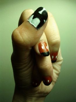 Mickey Mouse Nails by nhathy