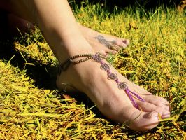 Barefoot sandal by noisypixie