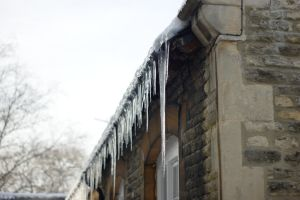 Moar Icicles by I0l0I
