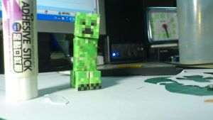 Hello creeper by TheRestOfGuys