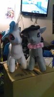 Octavia and Vinyl Scratch Plushies by KahleyCreations