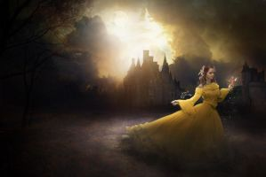 Emma Watson : Beauty and the Beast by kim-beurre-lait