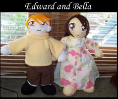 Edward and Bella Plushies by yaoi101