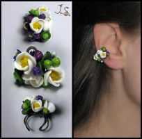 Spring ear cuff by JSjewelry