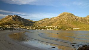 Hout Bay in Winter by parallel-pam