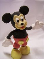 Mickey Mouse by fablefayebee