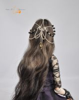 Tha headpiece from the back by sisterFox