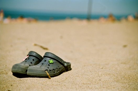 Lonely Crocs on the sand by SimiZ
