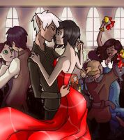 hawke and fenris slow dance by rotten-jelly-babie