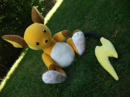 Raichu Plush by Chochomaru