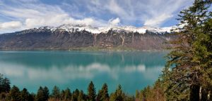 Lake Brienz (Switzerland) by Grekon