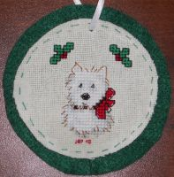 Xmas Puppy Ornament by Joce-in-Stitches
