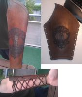 Smiths leather bracer by TeodoCake