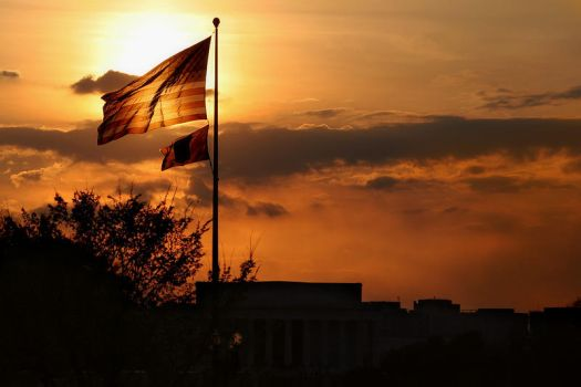 Flag over Lincoln by aznnam