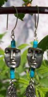 Pewter face earrings by artefaccio