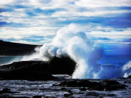 Furious Wave by Andrezao