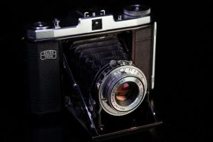 Zeiss IKON by dragonslay3r
