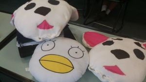 Sadaharu Pillows VS Store Brought Elizabeth One by NaoTheSillyDuffer