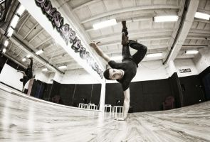 BBoy Meks by PhotoYoung