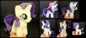 Tiny but Fabulous! by fireflytwinkletoes