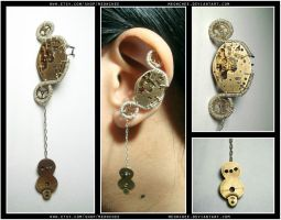 Steampunk Owl ear cuff by Meowchee