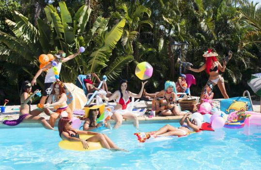 League of Legend Pool Party ! by CandyLou974