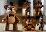 Five Nights At Freddy's - Freddy Fazbear - Plush by roobbo