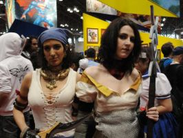 NYCC'12 Isabella and Bethany II by zer0guard