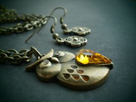 Mysterious Amber jeweled Owl by InkyDreamz