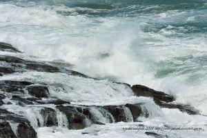inverloch water and rocks 4 by jakwak