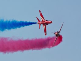 Red Arrows Pair Sywell by davepphotographer