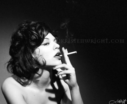 ..need a smoke.. by heartagram