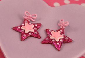Pink Glitter Star Earrings by PeppermintPuff