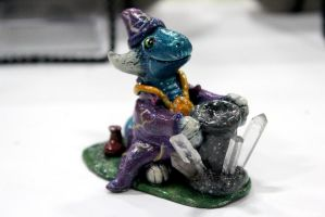 Dragon Wizard D20 Dice Holder by omfgitsbutter