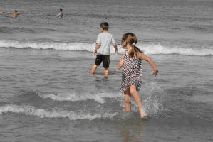Splashing Through the Ocean Water, Gray Scale by Miss-Tbones
