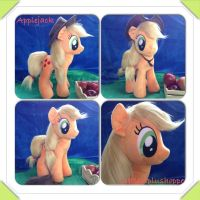 applejack is now sold by Littlestplushoppe